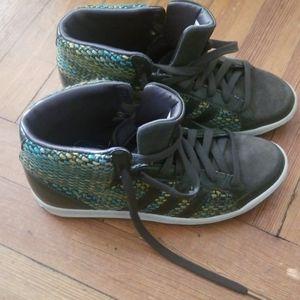 Adidas sneakers, women, size 6